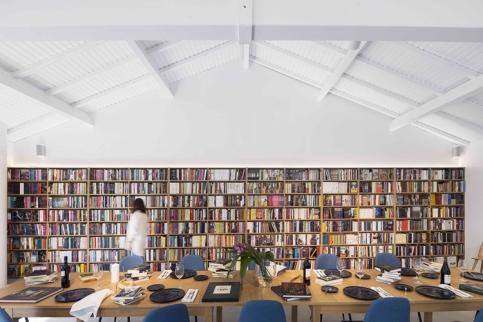 theatro-bookstore-restaurant-portugal-6