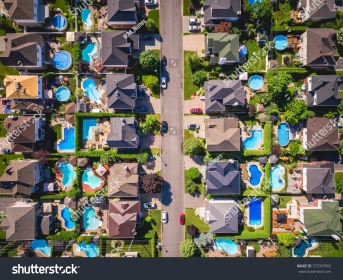 stock-photo-top-view-of-houses-in-typical-residential-neighbourhood-in-montreal-quebec-canada-757097803